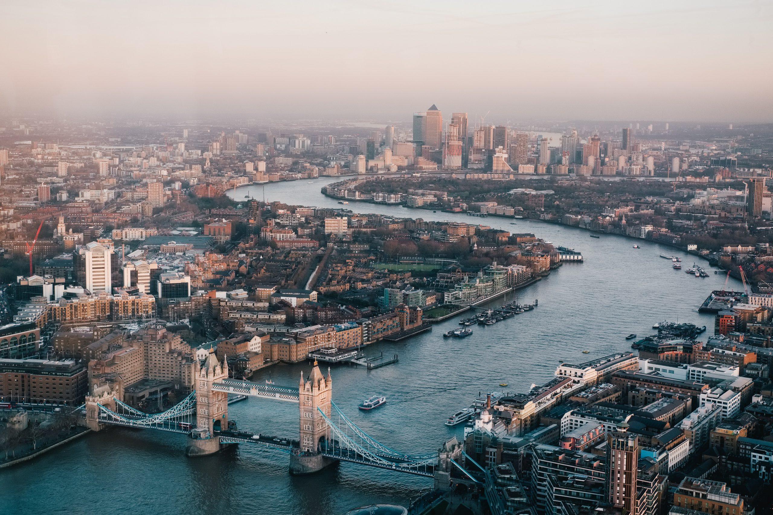 london, services, abacus transport, pallets, deliveries, hazardous, abnormal loads
